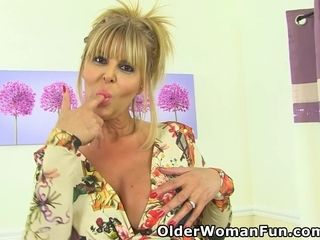 Busty mature Gabby Fox is ready to play in nylon tights