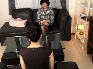 Hot Japanese milf has amazing hands for massage