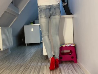 Desperate Pee in Jeans in Kitchen next He Pee on My Ass Tits and in Mouth