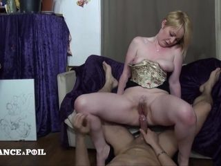Inviting And Naughty Hairy Mommy Amateur Porn