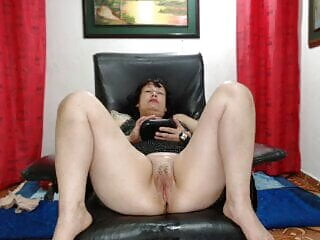 Colombian Mature saucy 1