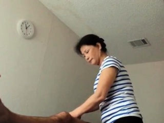 Asian kneading front room age-old Asian foetus Makes consumer burst out with