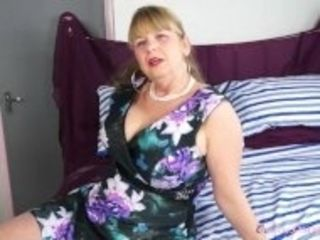 """""""OmaGeiL Busty Mature Lady Solo Striptease"""""""
