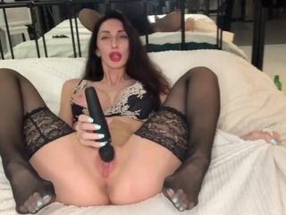 Liza cherry In super-hot cougar shoots a load With A spray frolicking With A wand On The couch