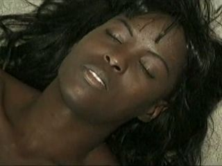 Black wife spreads legs and enjoys the most sensual cunnilingus ever