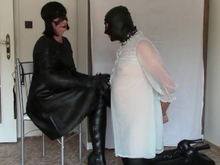 Leather domme, part one: mittens smacking and HOM