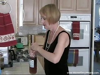 Sucking In The Kitchen With Grandma