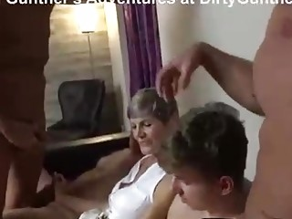 Brief haired mature is having an hook-up in her home and luving every single 2nd of it