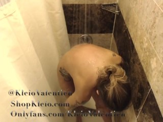 Depressed Neighbor insidiously a overcome filmed Kleio Valentien Showering.