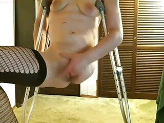 Jaw-dropping one legged thigh amputee