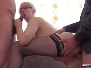 French MILF in nylons and glasses gets DP
