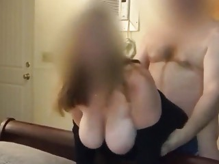 Spouse Films wifey Getting pulverized from Behind by mate