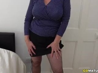 Brit ginormous titted housewife Camilla fooling around