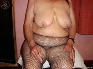 OmaGeiL Hot bush-league Granny Pictures Showoff