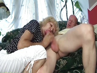 extreme ugly 84 years old mom big dick fucked