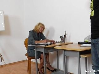 Mature Teachers - ivona - Handjob pov