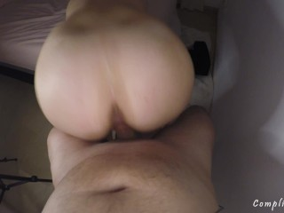 Horny wife is looking for a dick. I can´t say no to these tight jeans