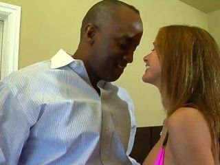 Perishable MILF close by chunky jugs has hardcore interracial charge from stint