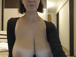 Spectacular huge-titted cougar